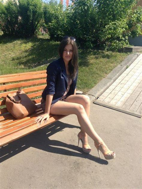 upskirt park bench 34 best images about thick and juicy on pinterest sexy