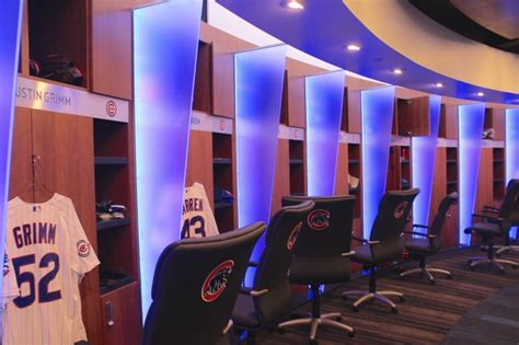 cubs locker room what s it like to live large in new cubs clubhouse take a look wrigleyville chicago