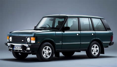 Charting 21 Years Of The Range Rover Autobiography