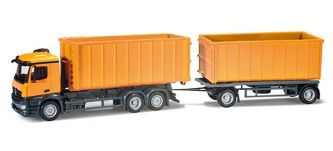 Truck Mercedes Actros M Recycle Skala 1 87 Majorette Diecast mercedes antos m truck chassis with load