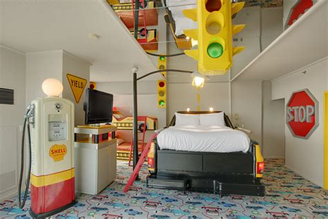 West Edmonton Mall Hotel Themed Rooms by Fantasyland Hotel At West Edmonton Mall Official Tour Seevirtual