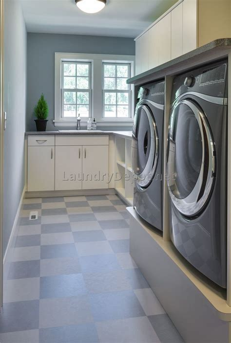 best flooring for basement laundry room basement laundry room flooring ideas best laundry room ideas decor cabinets laundry room