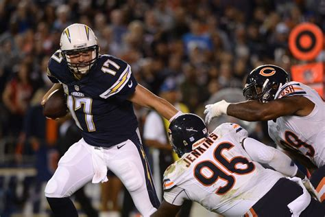 chicago bears vs san diego chargers live bears vs chargers 2015 score chicago inches past