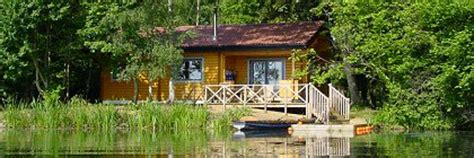 Log Cabins In Gloucestershire by Cotswold Water Park Island Lodge Poole Keynes