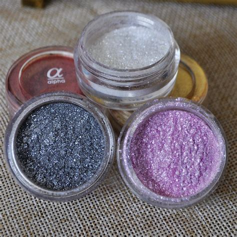 Eyeshadow Quality quality white shimmer glitter eyeshadow powder pigment colorful makeup mineral cosmetics