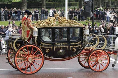 carrozza inglese la elisabetta in parlamento