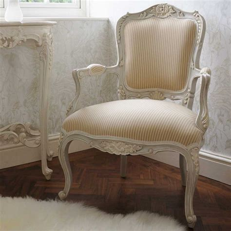 Bedroom Armchairs by 17 Best Ideas About Armchair On Antique Chairs Antique Furniture And