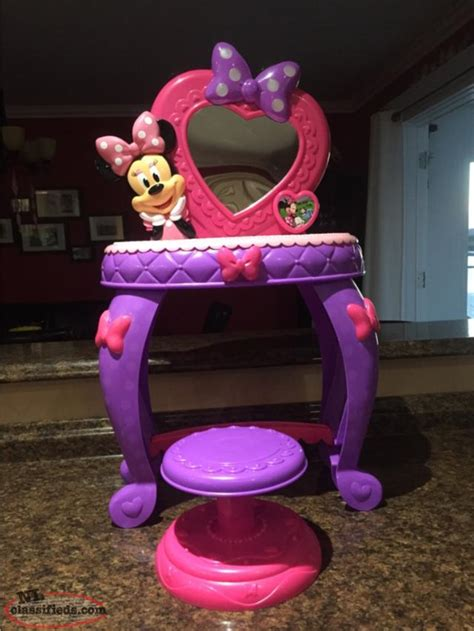 Minnie Mouse Vanity by Minnie Mouse Vanity Set Lewisporte Newfoundland