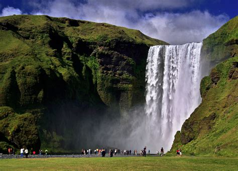 famous waterfalls iceland 24 iceland travel and info guide iceland s