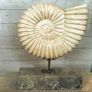 muschel dekoration quot nautilus auf stab sockel quot keramik dekoration maritim