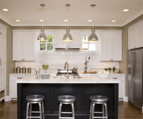 Pendant Light In Kitchen Kitchen Pendant Lighting Casual Cottage