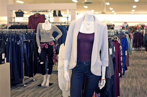 Best Day To Shop At Nordstrom Rack by Tips For Shopping The New Nordstrom Rack 225