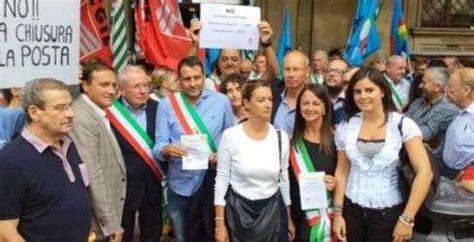 uffici postali firenze orari protesta per la chiusura degli uffici postali in toscana