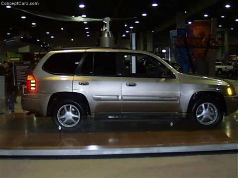 how cars engines work 2000 gmc envoy navigation system 2001 gmc envoy history pictures value auction sales research and news