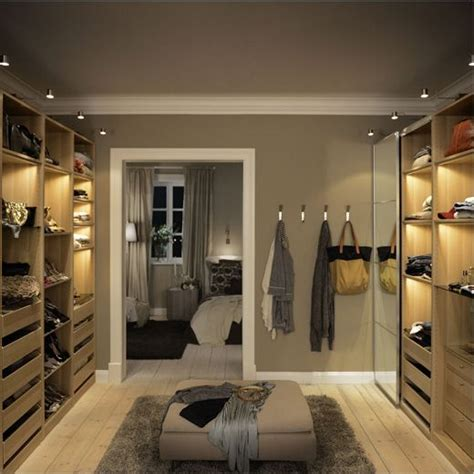 Wardrobe In Room by Pax Walk In Closet Decoratie En Inrichting