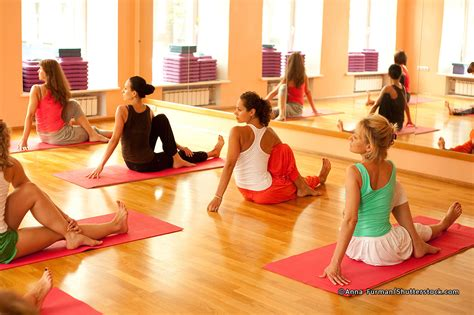 how hot are hot yoga classes 5 yoga classes in bangkok bangkok magazine