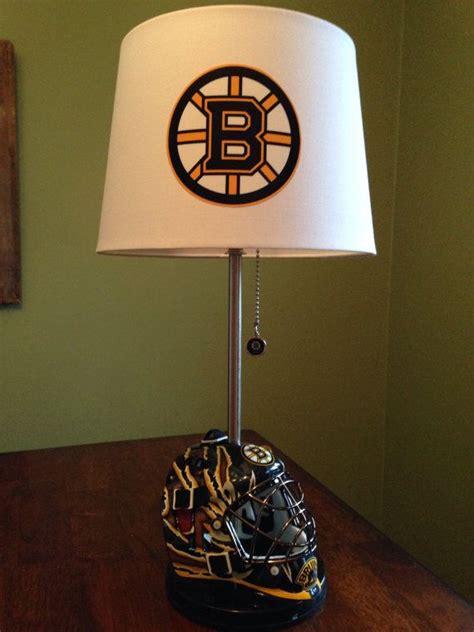 boston bruins mini goalie mask lamp  thatlampguygraz