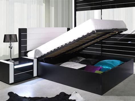 bout de lit noir laque