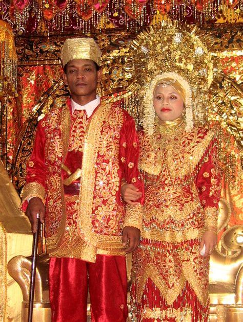 Wedding Minang by File Minangkabau Wedding Jpg Wikimedia Commons