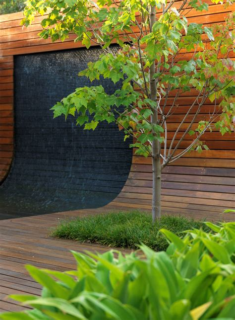 49 Amazing Outdoor Water Walls For Your Backyard Digsdigs Backyard Wall