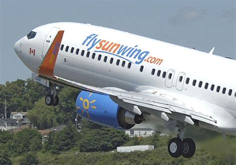 25 year passenger arrested after sunwing flight