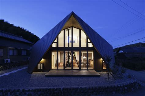 Origami Architecture - fascinating origami house with architectural comfort
