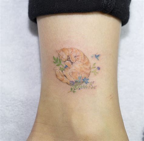 animal tattoo for woman 28 miniature animal tattoos for women tattooblend