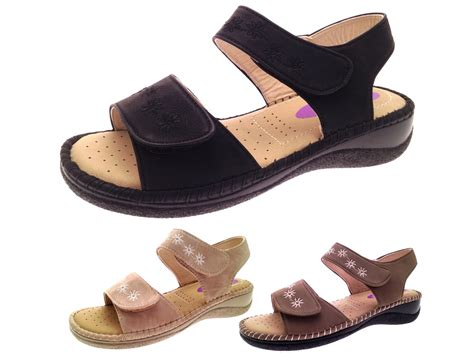 comfortable wide womens shoes womens summer sandals cushioned wide adjustable straps
