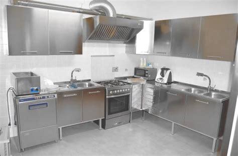 cucine in acciaio inox prezzi cucina professionale in acciaio inox aisi 304 comprare