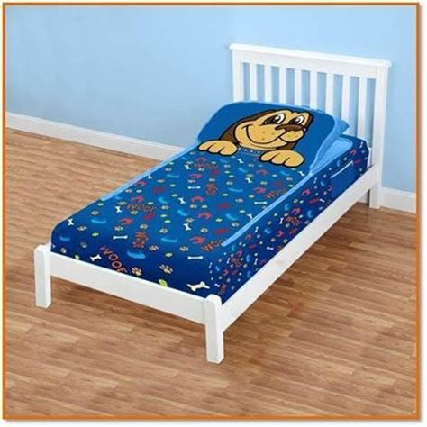 zippit bedding zipit friends twin bedding set blue puppy