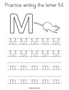 tracing letter m laptuoso