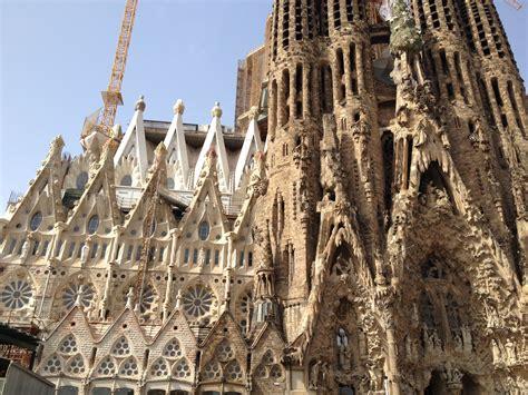 Barcelona: Returning to La Sagrada Familia   The Traveling