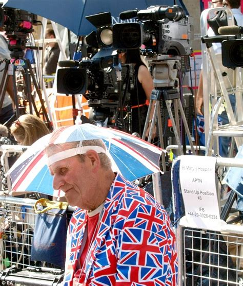 Royal Thank Fans For Support by Royal Baby William S Hospital Dash With Kate Middleton