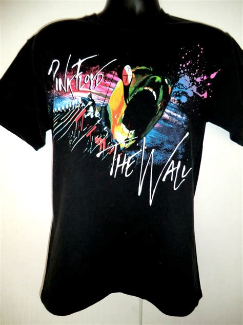 Tshirt The Wall pink floyd the wall t shirt size medium