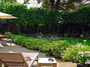 Small Backyard Landscaping Ideas For Privacy Triyae Small Backyard Landscaping Ideas For Privacy Various Design Inspiration For Backyard