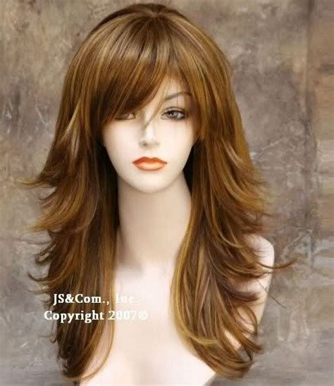 difference between step cut and layer cut hairstyle