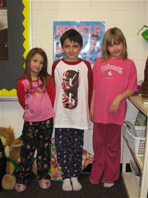 getting the slipper at school grade pajama day