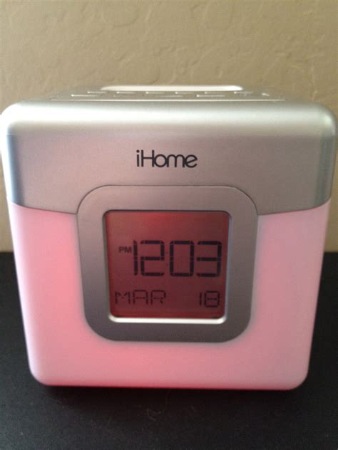 ihome color changing a on look at the ihome ip18 color changing alarm