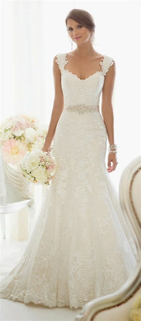 Wedding Attire En Francais by Best 25 Robes Ideas On