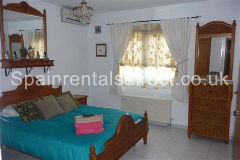 32 inch tv bedroom benidorm rental villa la nucia