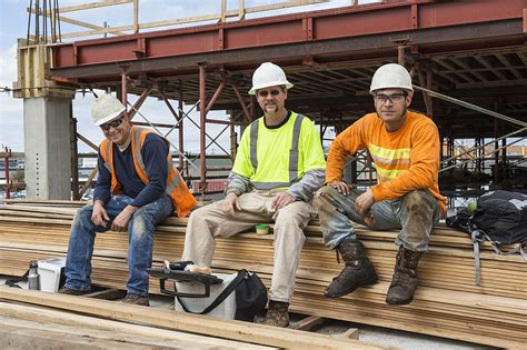 construction laborer description and salary information