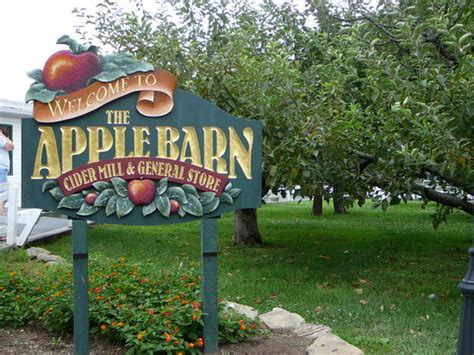 the apple barn tennessee the apple barn cider mill and general store sevierville