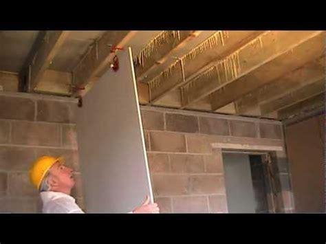 how to fit plasterboard to ceilings the easy way to hang