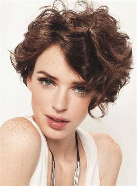 haircuts for oval face and wavy hair 15 latest short curly hairstyles for oval faces short