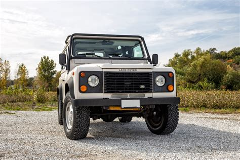 defender land rover 1997 1997 land rover defender fast cars