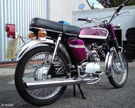Yamaha E Motorrad by 86 Yamaha 50ccm Motorrad Heisse Zukunftsvision Das E