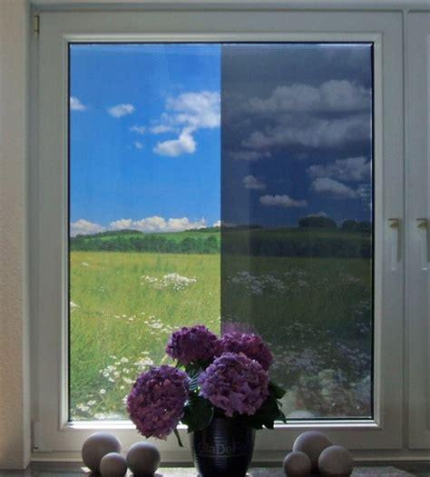 Sichtschutzfolie Fenster Einseitig Durchsichtig Nacht by Spion Spiegelfolie F 252 R Fenster In Silber Als Sichtschutz