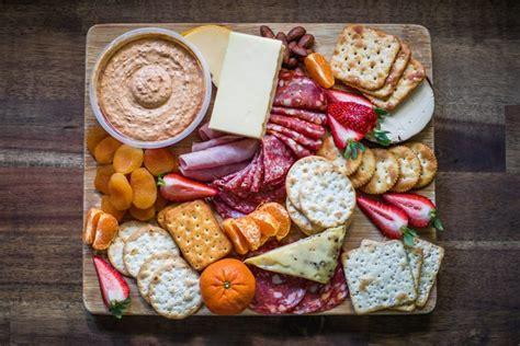 dinamika bisnis makanan ringan khazanah kuliner  kota
