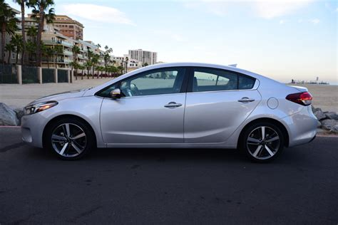 Kia Forte Problems Lacking Notable Features In A Crowded Marketplace That S