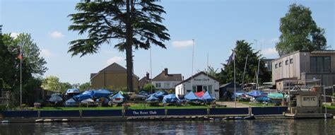 thames river boat club home riverclub org uk websitebuilder prositehosting co uk